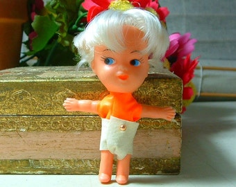 1966 RARE TINY TRIX Poses - 3 inch Blonde Hair Doll - Liddle Kiddle Era - 50 years old