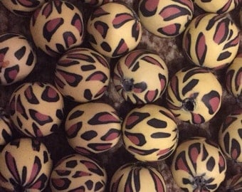 10 x 20mm polymer clay leopard print round beads