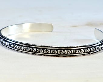 Hibiscus Flower Patterned Sterling Silver Cuff Bracelet with Antique Patina Shadows - BR709