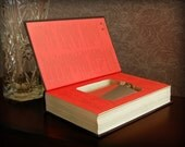 Hollow Book Safe & Flask (The Last Lion: Winston Spencer Churchill Alone)