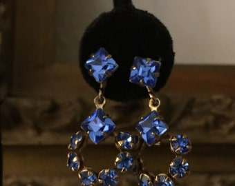 Gorgeous Vintage Blue Glass Stone Screw Back Dangle Earrings c1950