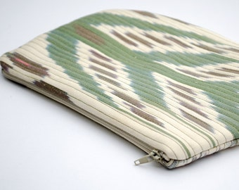 FOR SALE quilted Ikat clutch, bag, purse, green cream ikat, green cream, quilted bag, quilted purse