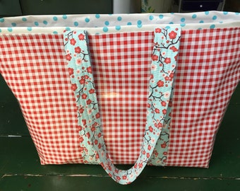 Large retro oilcloth tote bag in red gingham