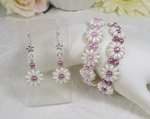 Woven Bracelet and Earrings Set Flowers in Pink and White Gifts For Mom