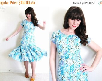 ON SALE 1950s Dress / Floral 50s Dress / 1950s Mermaid Dress
