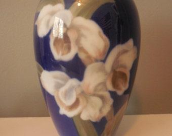 Royal Copenhagen Denmark DAFFODILS Vase