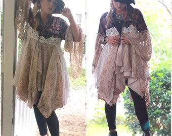 Stevie Nicks style coat, boho clothes Bohemian lace duster, gypsy Autumn red & creme coat, Boho dresses, Shabby  jacket, True rebel clothing