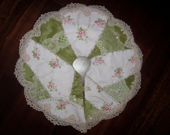 Shabby Pink Rose Barkcloth Vintage Lace Petite Christmas Tree Skirt Crazy Quilt Mini