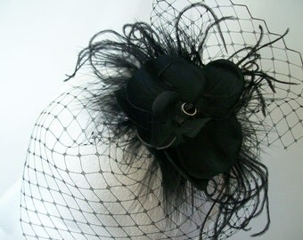 Small Vintage Style Black Blusher Veil Orchid Wedding Gothic Victorian Steampunk Mini Percher Fascinator