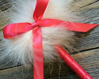 Guest Book Feather Pen - Coral and Ivory - Marabou Feathers - Refillable Ink - Summer Spring Weddings & Events