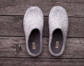 Winter wool slippers felted light grey outside woolen clogs inside women men dark grey home shoes unisex slippers adult shoes Christmas gift