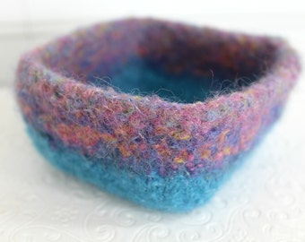 Turquoise Wool Felt Basket, Knit Felt Storage Basket, Boiled Wool Pastel Storage Basket, Soft Wool Storage Container, Hand Knit Wool Bowl