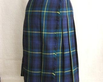Kilts, Ladies Kilts, Womens Kilts, Skirt, Plaid Skirt, Tartan Plaid, Wool Skirt, Vintage Skirts, Pleated Skirt, Blue and Green, Navy Blue