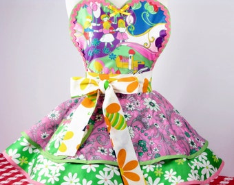 Spring Daisies Colorful Fun Apron Made with Vintage Fabric in Stock Ready to Ship