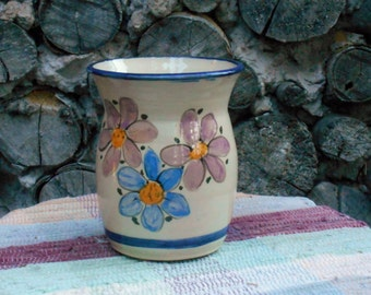 Flower garden crock - Handmade pottery vase - flower vase - ceramic jar - handmade pottery utensil holder - wildflower garden - 110829