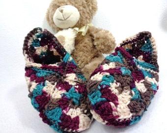 Crochet Granny Square Slippers Size Medium,  Present for Friend, Slippers Like Grandma Made, House Shoes for Women, Stocking Stuffer