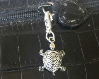 Turtle zipper pull 3d charm, bracelet