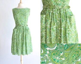 Vintage 50s Dress   1950s Cotton Dress   Green Paisley Full Skirt Dress