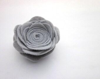 Large Grey Flower Pin -- Felt Flower Pin Accessory -- Large Felt Pin -- Grey Brooch -- Light Grey Pin -- Grey Flower Brooch -- Grey Pin