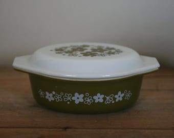 vintage crazy daisy pyrex casserole