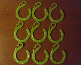 Vintage 1950's/1960's  Green Shower Curtain Hooks  Set Of 9