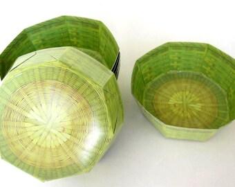 A Set of 5 Japanese Octagonal Shaped Paper Basket/Dish