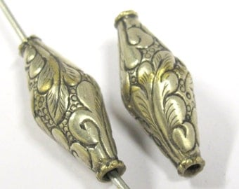 2 BEADS - Beautiful Bicone ethnic Tibetan silver floral Leaf design beads from Nepal -  BD803s