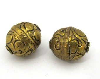 1 BEAD- Tibetan floral carving antiqued golden brass beads from Nepal - BD904
