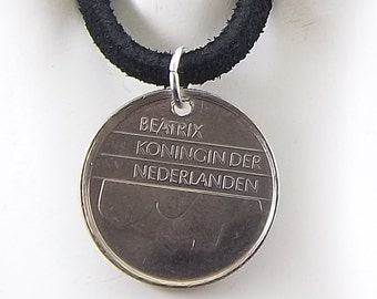 Netherlands Coin Necklace, 25 Cents, Mens Necklace, Womens Necklace, Coin Pendant, Leather Cord, Birth Year, 1982, Vintage