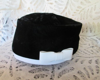 Pill Box Hat Vintage 1960s Black Velvet and White Pleather Made in the USA