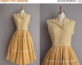 25% off SHOP SALE... 50s golden cotton gingham vintage dress / vintage 1950s dress