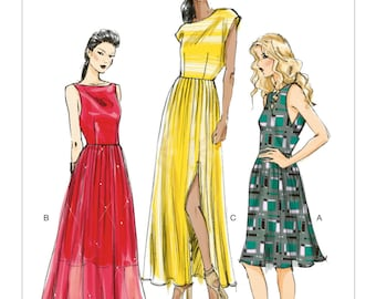 Pick Your Size - Vogue Dress Pattern V8901 - Misses' Side-Wrap Gathered-Skirt Dresses in Three Variations - Vogue Patterns