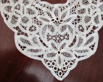 handmade needle lace collar -  antique cream, battenburg, cotton
