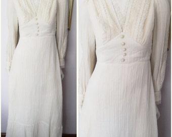 Vtg.70s Cream Ecru Cotton Gauze Lace Victorian Style Maxi Dress.S.Bust 36.Waist 28.
