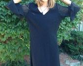 VALENTINES DAY SALE vintage plus size dress/80s black dress/loose fit/shift dress/sheer sleeves/plus figure