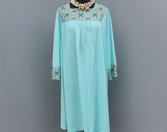 Vintage GOSSARD ARTEMIS Nightgown, Turquoise Lingerie, Size Large