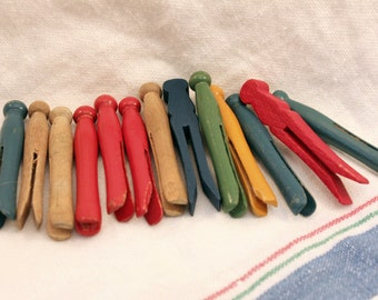 Lot Vintage Toy Wood Clothes Pins Primitive Dolly Clothespins