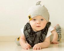 black print baby banana bib, drool bib, bib with snap,baby scarf, baby accessory, baby gift, burp bib, emmifaye bib, baby shower gift
