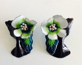 40% OFF SALE Vintage Floral Enamel Earrings / Green Flower Earring Set