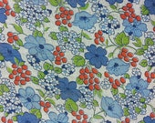 Vintage 1940's Fabric - Berries and Daisies on White Background  -Half Yard
