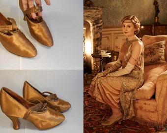 Lady Edith's Woes - Vintage 1910s 1920s Golden Pumpkin Silk & Beaded Pumps Heels