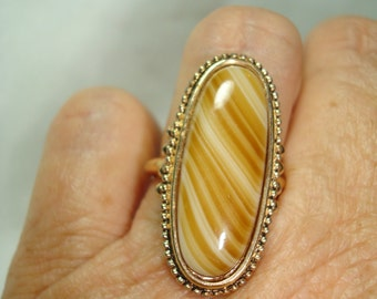 1980s AVON Faux Tigereye Ring.
