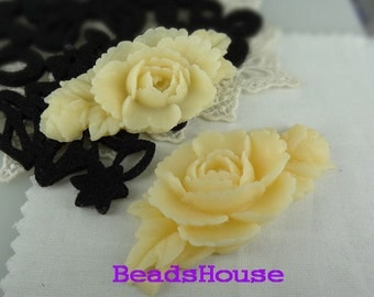 20%off 387-00-CA  2pcs Beautiful Peony Flower Cabochon- Pale Ivory