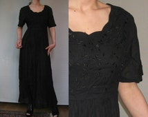80s INDIA EMBROIDERED LEAF Floral Print vtg Indian Black Scalloped Scoop Neck Crinkled Rayon Maxi Dress Small s/m 1980s