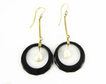 Art Deco Onyx & Cultured Blister Earrings, Classic Black and White Style Dangle Earrings. Circa 1920s, 9 Carat Gold.