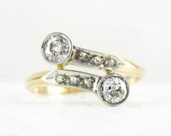 Art Deco Diamond Crossover Ring, Bypass Style Old European & Rose Cut Diamond Dress Ring in 18 Carat Gold, Platinum, Circa 1920s.