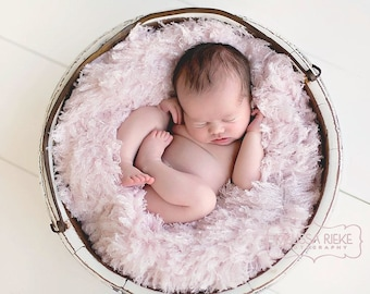 Blush Pink Curly Faux Fur Photography Prop Rug Newborn Baby Toddler 27x30
