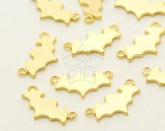PD-1346-GD / 2 Pcs - Bat Sideways Pendant, Gold Plated over Brass / 13mm x 6.5mm