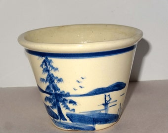 White Pottery with Lake Scene Round Planter Home and Garden Lawn and Garden Gardening Pots and Planters