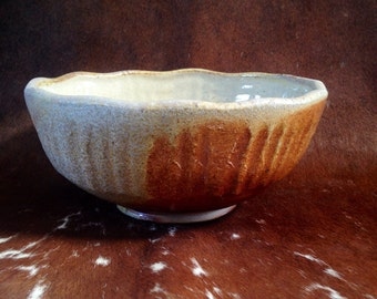 Wood Fired Serving Bowl, Medium Sized Stoneware Bowl, Handmade Ceramic Salad Bowl with Shino Glaze, Wheel Thrown Rustic Pottery Bowl.